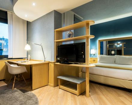Discover our Superior rooms! Very large, wooden floors and the best technology ready to welcome you! At 5 minutes from Porta Nuova station and 5 minutes by subway from lingotto! Best Western Plus Executive Suites Hotel 4 star hotel Turin Center