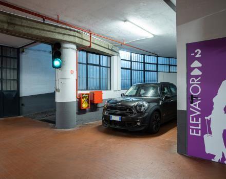 Book your seat in the garage of our 4-star hotel in central Turin