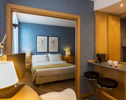 Discover our fantastic Junior Suite, the most for your business or leisure in the Centre of Turin! Our Junior Suites have two rooms, parquet flooring, comfortable leather sofa and Lounge area. A few steps from Porta Nuova station and 5 minutes by subway from ingot!