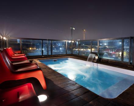 Relax in the rooftop hot tub of our 4-star hotel