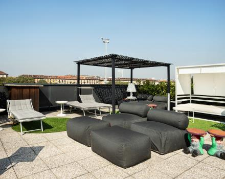 Relaxation and tranquility in the rooftop of our 4-star hotel in Turin